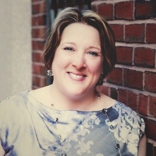 Dr Amy Hochadel